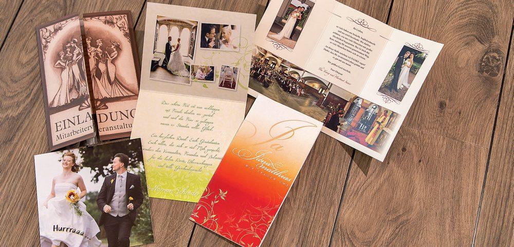 Einladungskarten können vielfältig eingesetzt werden. Ob der Kindergeburtstag Ihres Sohnes oder eine Einladung zur Hochzeit. Zusammen finden wir das passende Design für jeden Anlass und machen Ihre Feier zu etwas einzigartigem, schon bevor sie begonnen hat. Einladungskarten können vielfältig eingesetzt werden. Ob der Kindergeburtstag Ihres Sohnes oder eine Einladung zur Hochzeit. Zusammen finden wir das passende Design für jeden Anlass und machen Ihre Feier zu etwas einzigartigem, schon bevor sie begonnen hat.