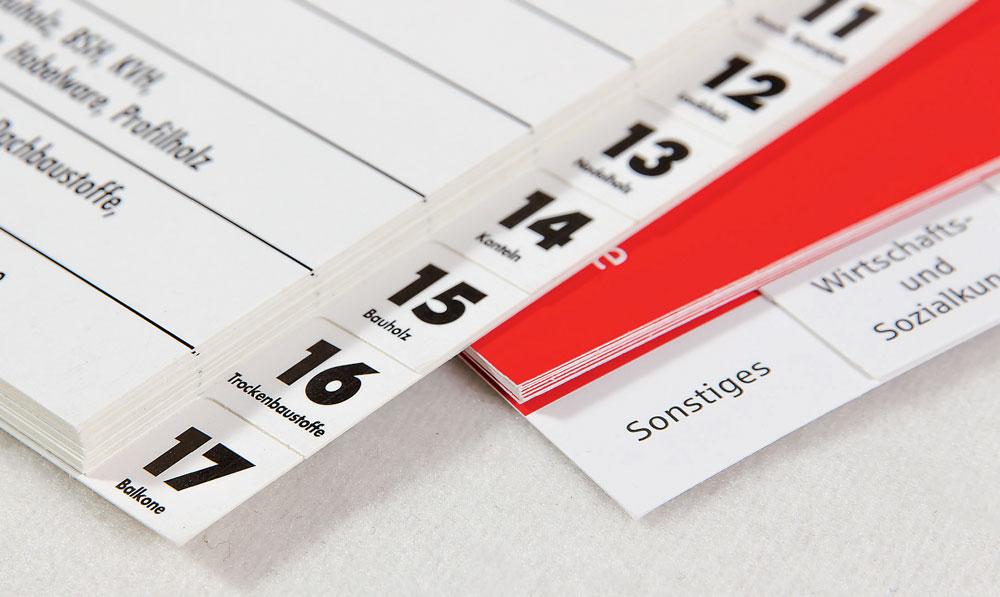 Durch Registerstanzungen können Sie die Handhabung von, beispielsweise Produktkatalogen oder Preislisten aufwerten und für eine bessere Struktur sorgen, die Kunden und Mitarbeiter schnell zum Ziel führen.